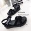 รองเท้าลำลองส้นเตารีดแต่งลาย (สีเทา) thumbnail 6