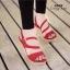 รองเท้าส้นเตารีดกำมะหยี่รัดส้น (สีแดง) thumbnail 1