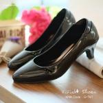 รองเท้าคัทชูหนังเงานิ่มสีดำคลาสสิก