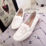 รองเท้า Loafer ฉลุลาย (สีขาว)