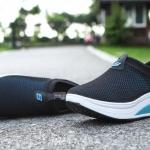 รองเท้าผ้าใบเสริมส้นตาข่ายโปร่ง (สีดำฟ้า)
