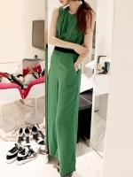 จั๊มสูทกางเกงขายาวสีเขียว ผ้าชีฟอง คอกลม แขนกุด