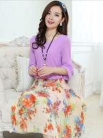 ชุดเดรสยาวสีม่วง ผ้าชีฟอง แขนสั้น เอวยืด กระโปรงลายดอกไม้