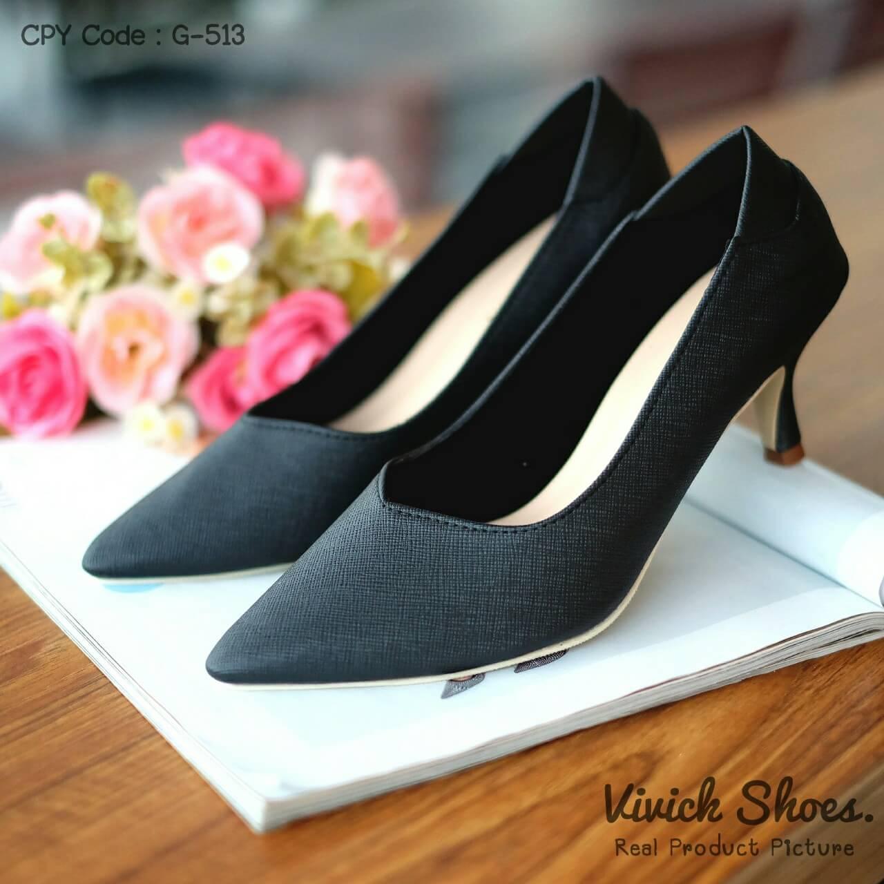 รองเท้าคัทชูหนัง Saffiano (สีดำ)