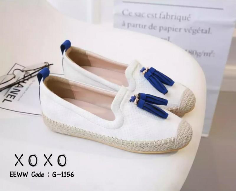 รองเท้าคัทชูแต่งพู่ (สีขาว)