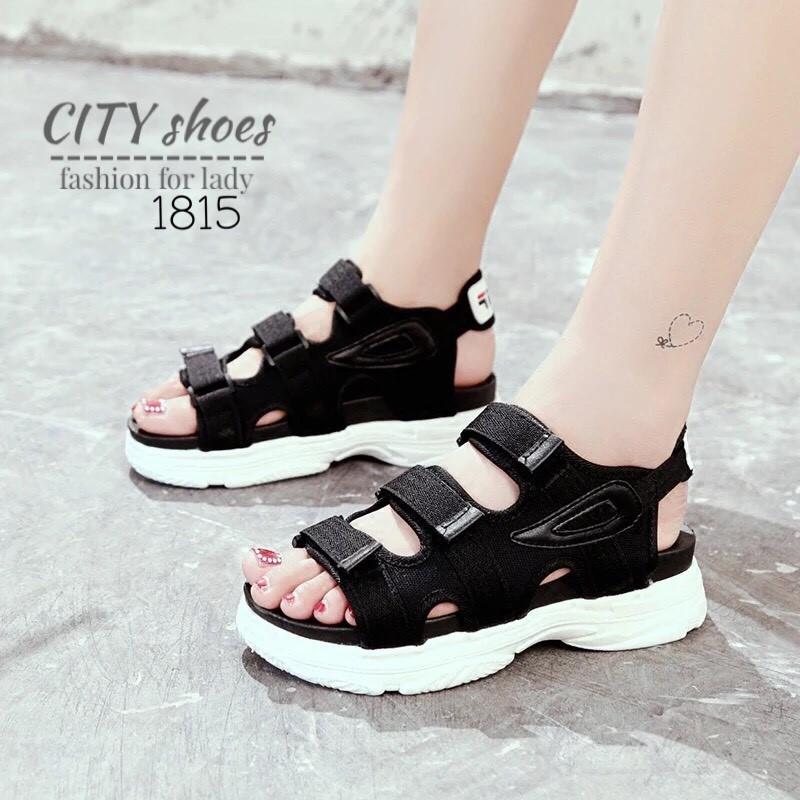 รองเท้าแตะ Style Fila disruptor sandal (สีดำ)