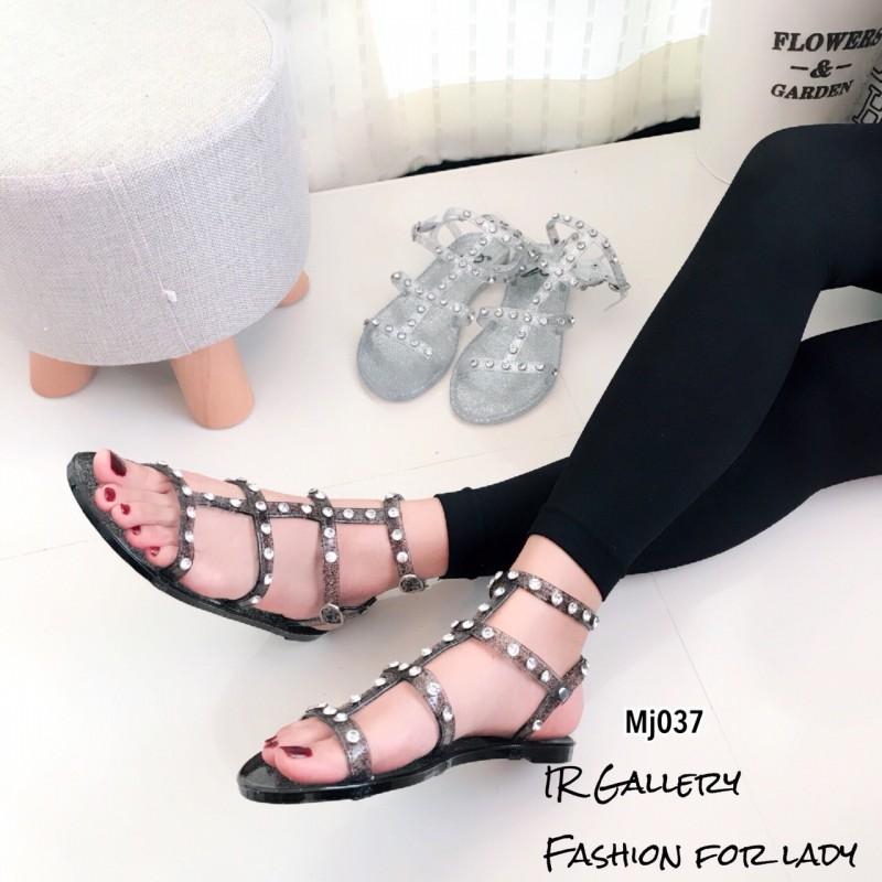 รองเท้าแตะแต่งกลิตเตอร์ Style Valentino (สีดำ)