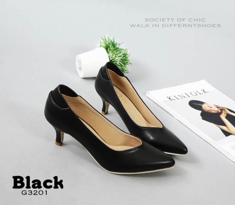 รองเท้าคัทชูหุ้มส้น (สีดำ)