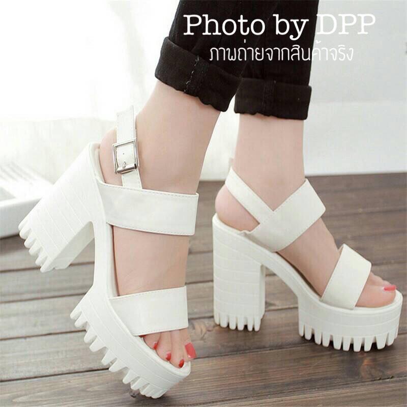 รองเท้าส้นตึก Style Nanda (สีขาว)