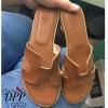 รองเท้าแตะ Style Hermes (สีแทนหนังลาย)