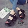 รองเท้าลำลองสไตล์แฟชั่นเกาหลี (สีดำ)