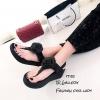 รองเท้าแตะ Style Fit Flop แต่งกุหลาบ (สีดำ)