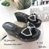 รองเท้าลำลองส้นเตารีดแต่งโบว์ (สีดำ)