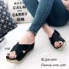 รองเท้าส้นเตารีดสวมไข้ว (สีดำ)