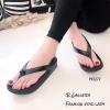 รองเท้าแตะ Style Fitflopคีบแต่งอะไหล่ (สีดำ)