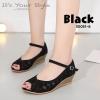 รองเท้าคัทชูลูกไม้ส้นเตารีด (สีดำ)