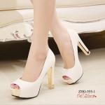 รองเท้าคัทชูส้นสูงแต่งส้นสีทอง (สีขาว)