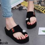 รองเท้าแตะส้นเตารีดแต่งเพชร (สีดำ)