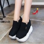 รองเท้าผ้าใบเสริมส้นบุนิ่มสไตล์แฟชั่นเกาหลี (สีดำ)