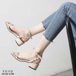 รองเท้าส้นตัน Style Valentino (สีครีม)