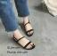 รองเท้าส้นเตี้ยสไตล์ลำลอง (สีเทา) thumbnail 5