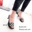 รองเท้าแตะสวมแต่งมุก (สีดำ) thumbnail 2