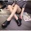 รองเท้าลำลองส้นเตารีดแต่งเมจิกเทป (สีดำ) thumbnail 2