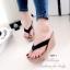 รองเท้าแตะคีบเสริมส้นสไตล์ลำลอง (สีดำ) thumbnail 1