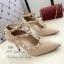 รองเท้าคัทชูหุ้มส้น Valentino Style (สีครีม) thumbnail 1