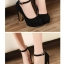 รองเท้าคัทชูส้นสูงแต่งสายรัด (สีแดง) thumbnail 4