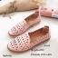 รองเท้าคัทชูทรงสวมฉลุลาย (สีครีม) thumbnail 3