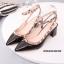 รองเท้าคัทชูส้นตันหนังเงาสไตล์ Valentino (สีชมพู) thumbnail 7