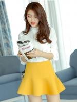 กระโปรงสั้นแฟชั่นสีเหลือง ทรงเอวสูง ใส่กับเสื้อเชิ้ต หรือ เสื้อยืด ก็สวยเก๋