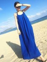 ชุดใส่ไปเที่ยวทะเลยาวสีน้ำเงิน สายเดียว ทรงหลวม ใส่สบายๆ